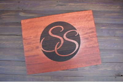 Personalised Chopping Board : Script Monogram