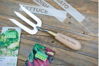 Deluxe Gardening Tool Gift Set : Stainless Steel Tools, Gloves & Plant Markers