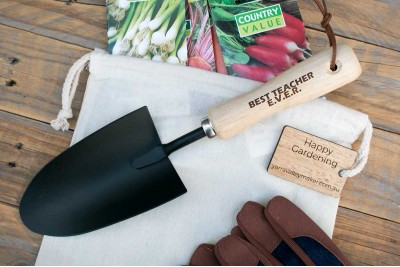 Personalised Gardening Tool : Wide Trowel : Black Steel